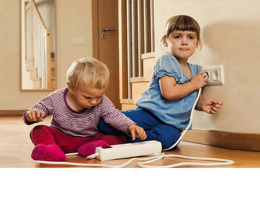 МЧС НАПОМИНАЕТ: Безопасность детей в быту!