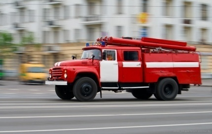 МЧС напоминает: Уступи дорогу пожарному автомобилю!